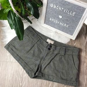 American Eagle Gray Plaid Size 8 Shorts